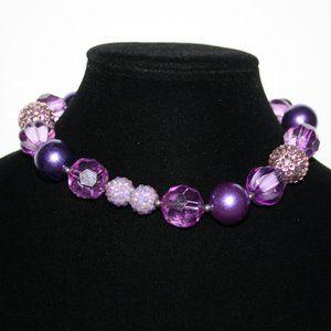 "Beautiful 14"" chunky purple necklace"
